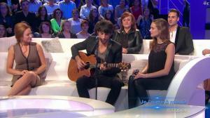Camille Lou et Natasha St Pier dans les Chansons d'Abord - 24/11/13 - 45