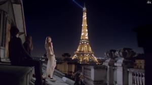Amanda Seyfried dans Publicité pour Givenchy - 13/09/15 - 04