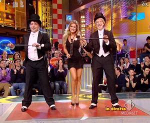 Lola Ponce dans Mai Dire Grande Fratello Show - 03/03/09 - 02