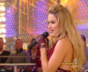Lola Ponce dans Mai Dire Grande Fratello Show - 03/03/09 - 12