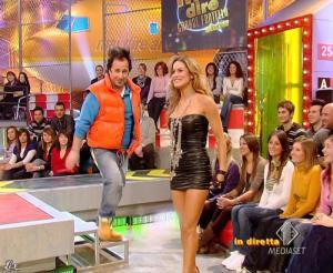Lola Ponce dans Mai Dire Grande Fratello Show - 10/03/09 - 05