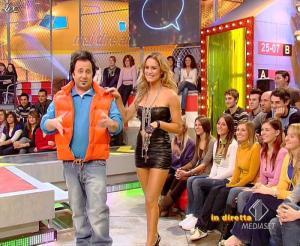 Lola Ponce dans Mai Dire Grande Fratello Show - 10/03/09 - 06