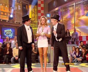 Lola Ponce dans Mai Dire Grande Fratello Show - 10/03/09 - 12