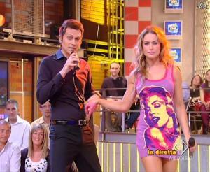 Lola Ponce dans Mai Dire Grande Fratello Show - 14/04/09 - 05
