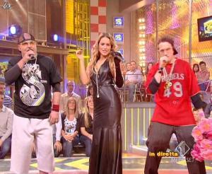 Lola Ponce dans Mai Dire Grande Fratello Show - 14/04/09 - 07