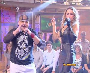 Lola Ponce dans Mai Dire Grande Fratello Show - 14/04/09 - 09