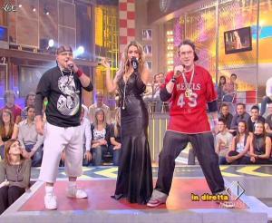 Lola Ponce dans Mai Dire Grande Fratello Show - 14/04/09 - 10