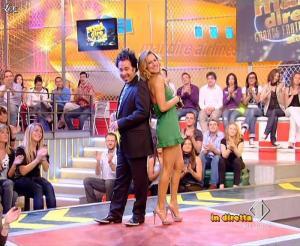 Lola Ponce dans Mai Dire Grande Fratello Show - 14/04/09 - 12