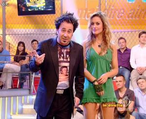Lola Ponce dans Mai Dire Grande Fratello Show - 14/04/09 - 14