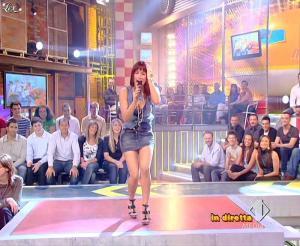 Lola Ponce dans Mai Dire Grande Fratello Show - 14/04/09 - 16