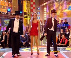 Lola Ponce dans Mai Dire Grande Fratello Show - 17/03/09 - 03