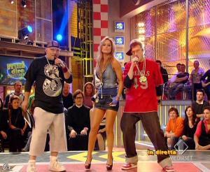 Lola Ponce dans Mai Dire Grande Fratello Show - 17/03/09 - 04