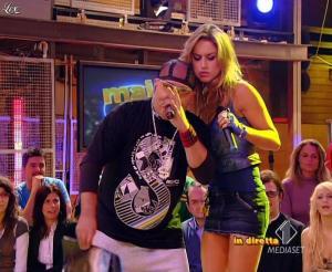 Lola Ponce dans Mai Dire Grande Fratello Show - 17/03/09 - 05