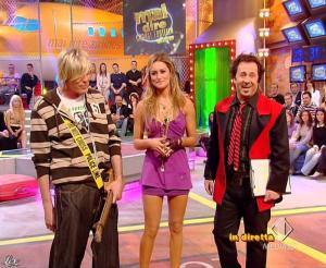 Lola Ponce dans Mai Dire Grande Fratello Show - 17/03/09 - 07