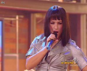 Lola Ponce dans Mai Dire Grande Fratello Show - 17/03/09 - 09