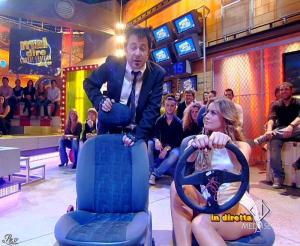 Lola Ponce dans Mai Dire Grande Fratello Show - 21/04/09 - 05