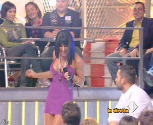 Lola Ponce dans Mai Dire Grande Fratello Show - 21/04/09 - 10