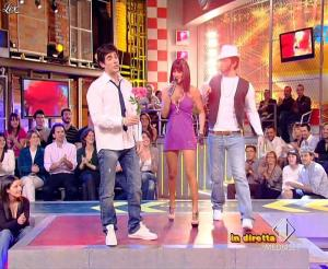 Lola Ponce dans Mai Dire Grande Fratello Show - 21/04/09 - 12