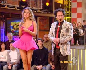 Lola Ponce dans Mai Dire Grande Fratello Show - 28/04/09 - 03