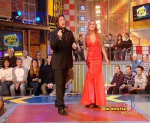 Lola Ponce dans Mai Dire Grande Fratello Show - 28/04/09 - 05