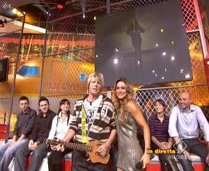 Lola Ponce dans Mai Dire Grande Fratello Show - 28/04/09 - 13