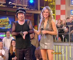 Lola Ponce dans Mai Dire Grande Fratello Show - 28/04/09 - 18