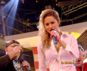 Lola Ponce dans Mai Dire Grande Fratello Show - 31/03/09 - 06