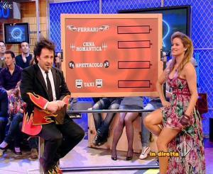 Lola Ponce dans Mai Dire Grande Fratello Show - 31/03/09 - 08