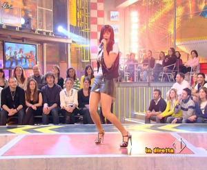 Lola Ponce dans Mai Dire Grande Fratello Show - 31/03/09 - 13