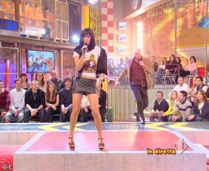 Lola Ponce dans Mai Dire Grande Fratello Show - 31/03/09 - 14