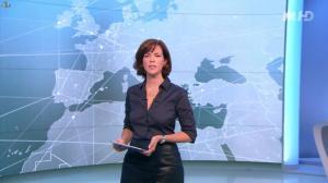Nathalie Renoux dans le 19 45 - 04/09/15 - 01