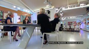 Anne-Sophie Lapix dans C à Vous - 30/09/16 - 03