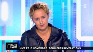Caroline Roux dans C dans l'Air - 06/10/16 - 03