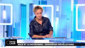 Caroline Roux dans C dans l'Air - 06/10/16 - 04