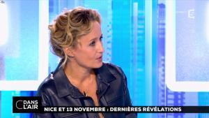 Caroline Roux dans C dans l'Air - 06/10/16 - 08