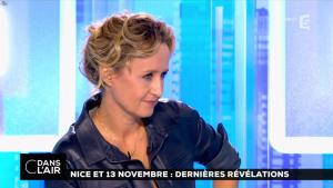Caroline Roux dans C dans l'Air - 06/10/16 - 09