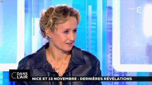 Caroline Roux dans C dans l'Air - 06/10/16 - 11