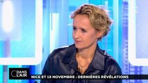 Caroline Roux dans C dans l'Air - 06/10/16 - 13