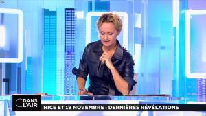Caroline Roux dans C dans l'Air - 06/10/16 - 14