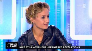 Caroline Roux dans C dans l'Air - 06/10/16 - 21