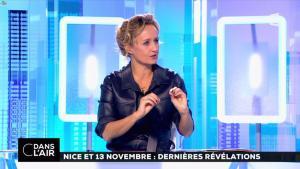 Caroline Roux dans C dans l'Air - 06/10/16 - 27