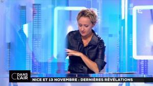 Caroline Roux dans C dans l'Air - 06/10/16 - 29