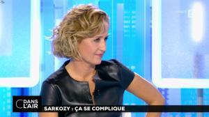 Caroline Roux dans C dans l'Air - 10/10/16 - 07