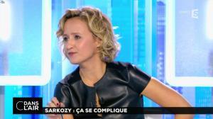 Caroline Roux dans C dans l'Air - 10/10/16 - 19