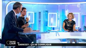 Caroline Roux dans C dans l'Air - 10/10/16 - 27