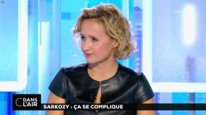 Caroline Roux dans C dans l'Air - 10/10/16 - 36
