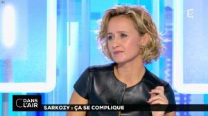 Caroline Roux dans C dans l'Air - 10/10/16 - 43