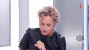 Caroline Roux dans les 4 Verites - 26/09/16 - 02