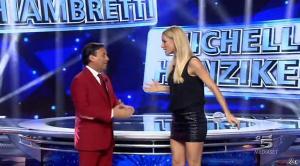 Michelle Hunziker dans Striscia la Notizia - 04/10/14 - 02