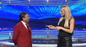 Michelle Hunziker dans Striscia la Notizia - 04/10/14 - 04